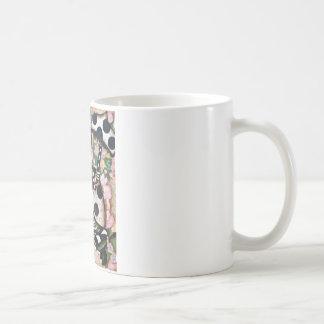 MAXINE CLASSIC WHITE COFFEE MUG