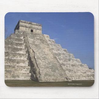 Mayan ruins at Chichen Itza, Kukulcans Pyramid Mouse Pad