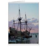 Mayflower II en la puesta del sol Tarjeton