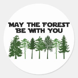 Mayo el bosque esté con usted pegatinas redondas