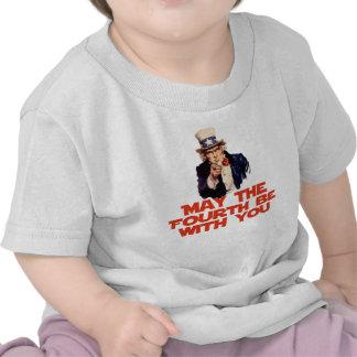 Mayo el cuarto esté con usted camiseta