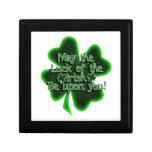 Mayo la suerte del irlandés… cajas de regalo