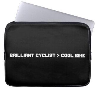 Mayor bici que fresca del ciclista brillante fundas computadoras