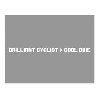 Mayor bici que fresca del ciclista brillante tarjeta postal