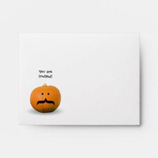 Mayordomo Halloween del bigote de la calabaza con