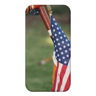 Mazo de croquet y bandera americana iPhone 4 fundas