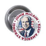 McCain guarda el botón fuerte de América