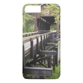 McKee covered bridge, Jacksonville, Oregon iPhone 8 Plus/7 Plus Case