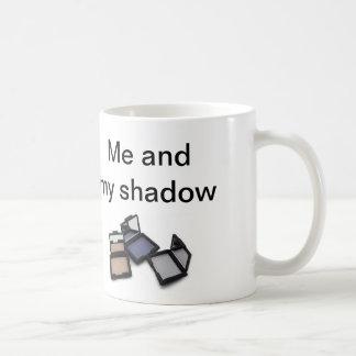 'Me and my shadow' mug with eye shadow image
