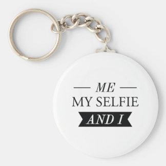 Me My Selfie And I Keychain
