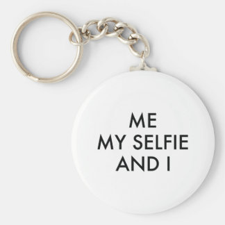 Me My Selfie And I Basic Round Button Keychain