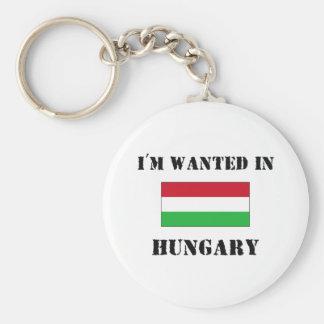 Me quieren en Hungría Llavero Redondo Tipo Pin