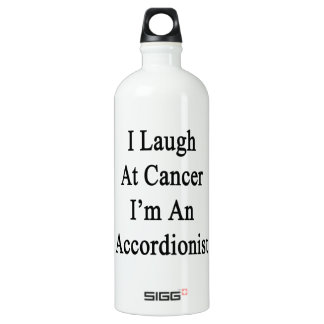 Me río del cáncer que soy acordeonista
