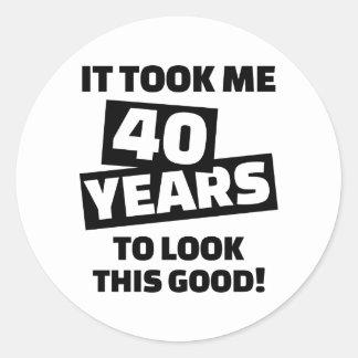 Me tardó 40 años para mirar esto bueno pegatina redonda