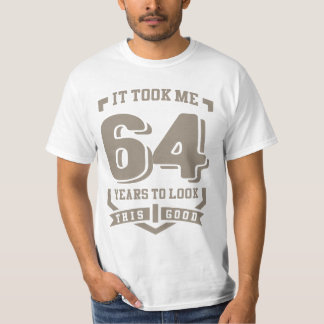 Me tardó 64 años camisas