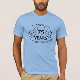 Me tardó 75 años para mirar la esta camisa de los