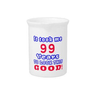 Me tardó 99 años para mirar esto bueno jarra de beber