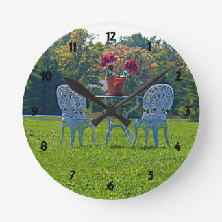 Meadow of Love Round Clock