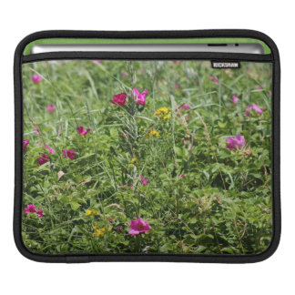 Meadow Wildflowers Mac - Sleeve For iPads
