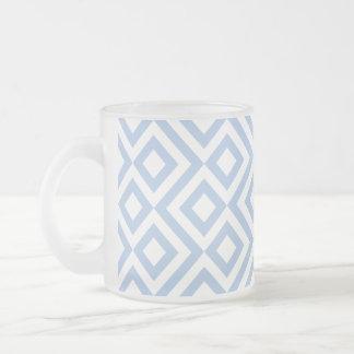 Meandro azul claro y blanco taza cristal mate