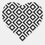 Meandro blanco y negro pegatina en forma de corazón