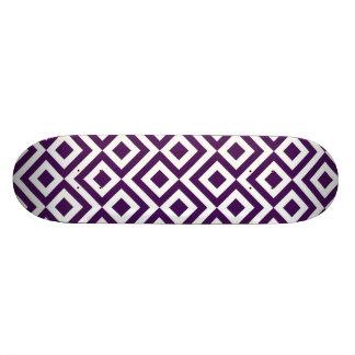 Meandro de la púrpura y del blanco tablas de skate