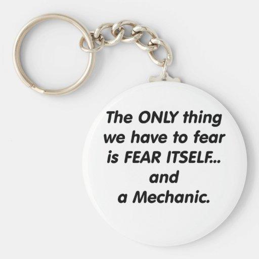 Mecánico del miedo llavero personalizado