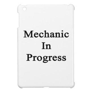 Mecánico en curso.