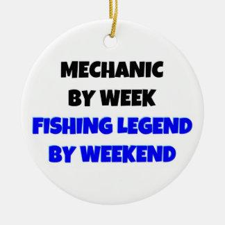 Mecánico por leyenda de la pesca del día por fin d ornamento para arbol de navidad