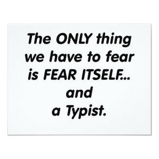 mecanógrafo del miedo anuncio