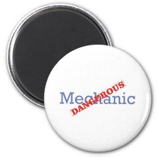 Mechanic / Dangerous Magnet