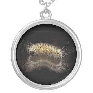 Mechón Caterpillar de la nuez dura Colgante Personalizado