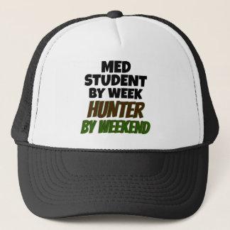 Med Student Loves Hunting Trucker Hat