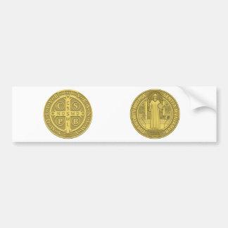 Medalla cruzada de San Benedicto en oro