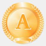 Medalla de honor del oro pegatina redonda