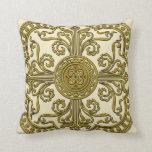 Medallón barroco del estilo en oro antiguo almohadas