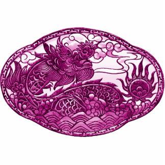 Medallón del dragón de las rosas fuertes pin fotoescultura