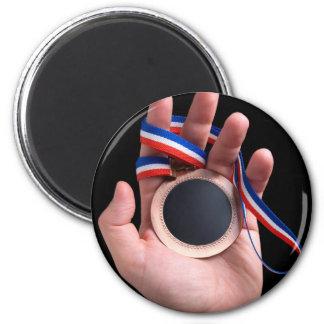 Medal's dark side magnet