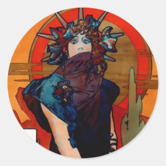 Medea detail round sticker