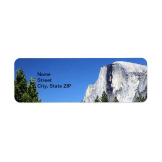 Media bóveda de Yosemite Etiquetas De Remite