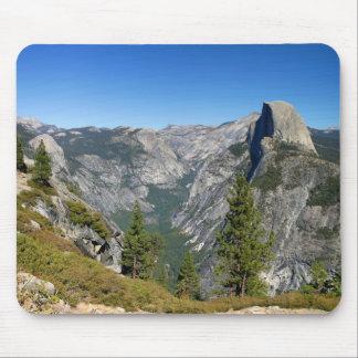 Media bóveda de Yosemite Alfombrilla De Raton