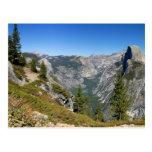 Media bóveda de Yosemite Tarjeta Postal