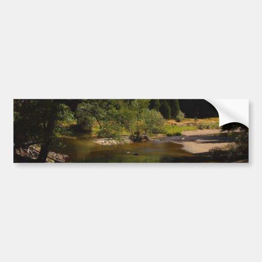 Media bóveda en el río de Yosemite Pegatina Para Auto