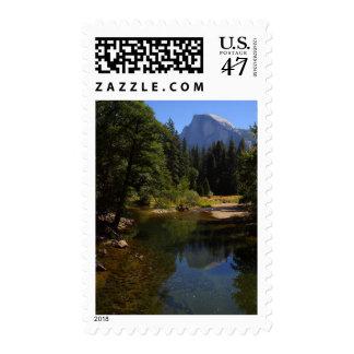 Media bóveda en el río de Yosemite Timbres Postales