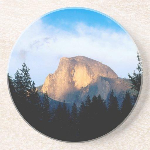 Media bóveda Yosemite del cielo Posavasos Diseño