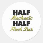 Media estrella del rock del medio mecánico pegatina redonda