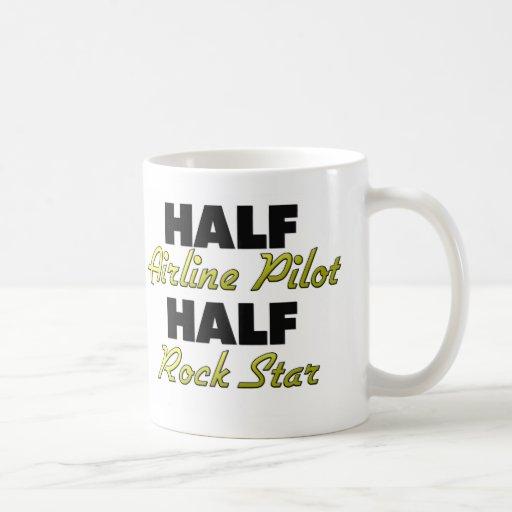 Media estrella del rock del medio piloto de la lín tazas de café
