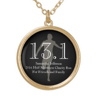 Media medalla del recuerdo del maratón del collar dorado
