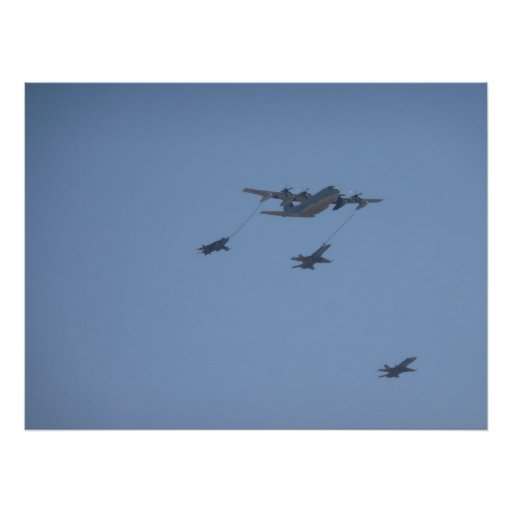Mediados de aire de C-130 HÉRCULES que reaprovisio Impresiones