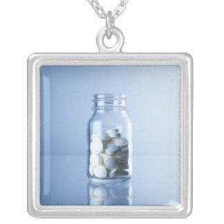 medicina en la botella joyeria personalizada